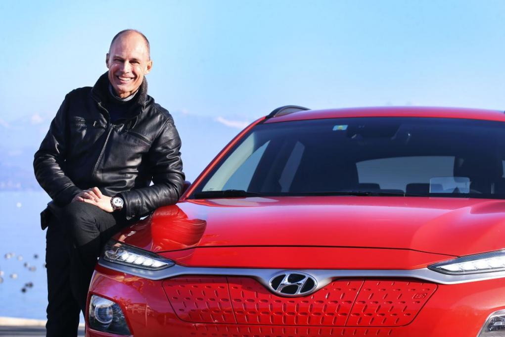 Bertrand Piccard fährt den All-New Hyundai KONA electric